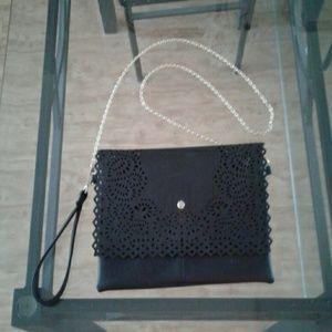 SALE Yoki clutch purse